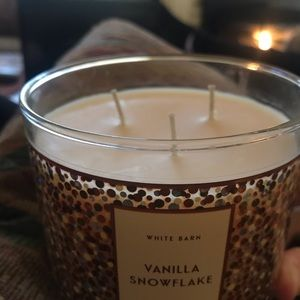 Bath & Body Works Vanilla Scented Candle